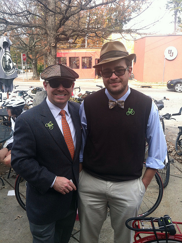 This is a photo I took with Jae at last year's Tweed ride. I gotta figure out where I put that bow tie ...